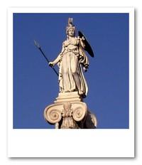 戦いの女神アテナ像