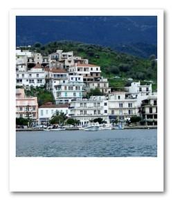 ポロス島の街並み